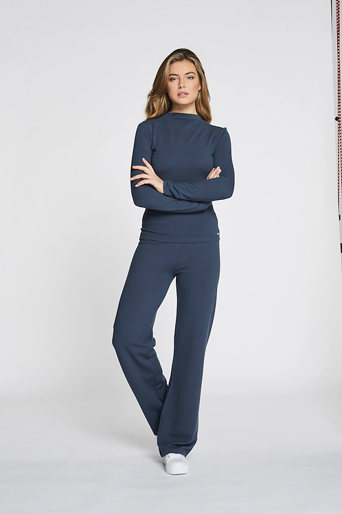 Lune Active forest flare pant deep indigo