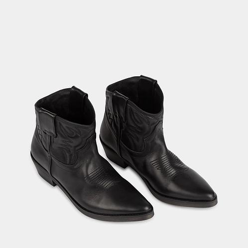 Ivylee madox boot