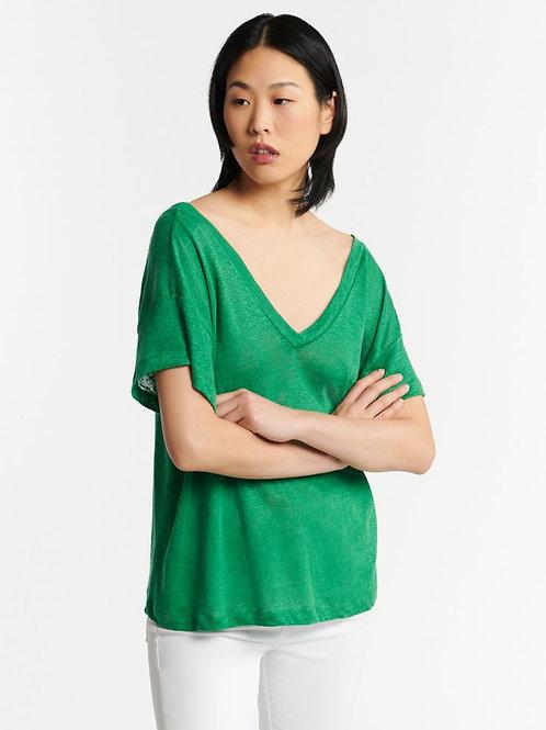 Majastic Front & back V-neck T-shirt