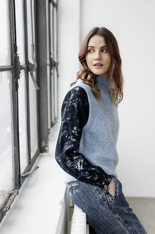 Project AJ117 blouse