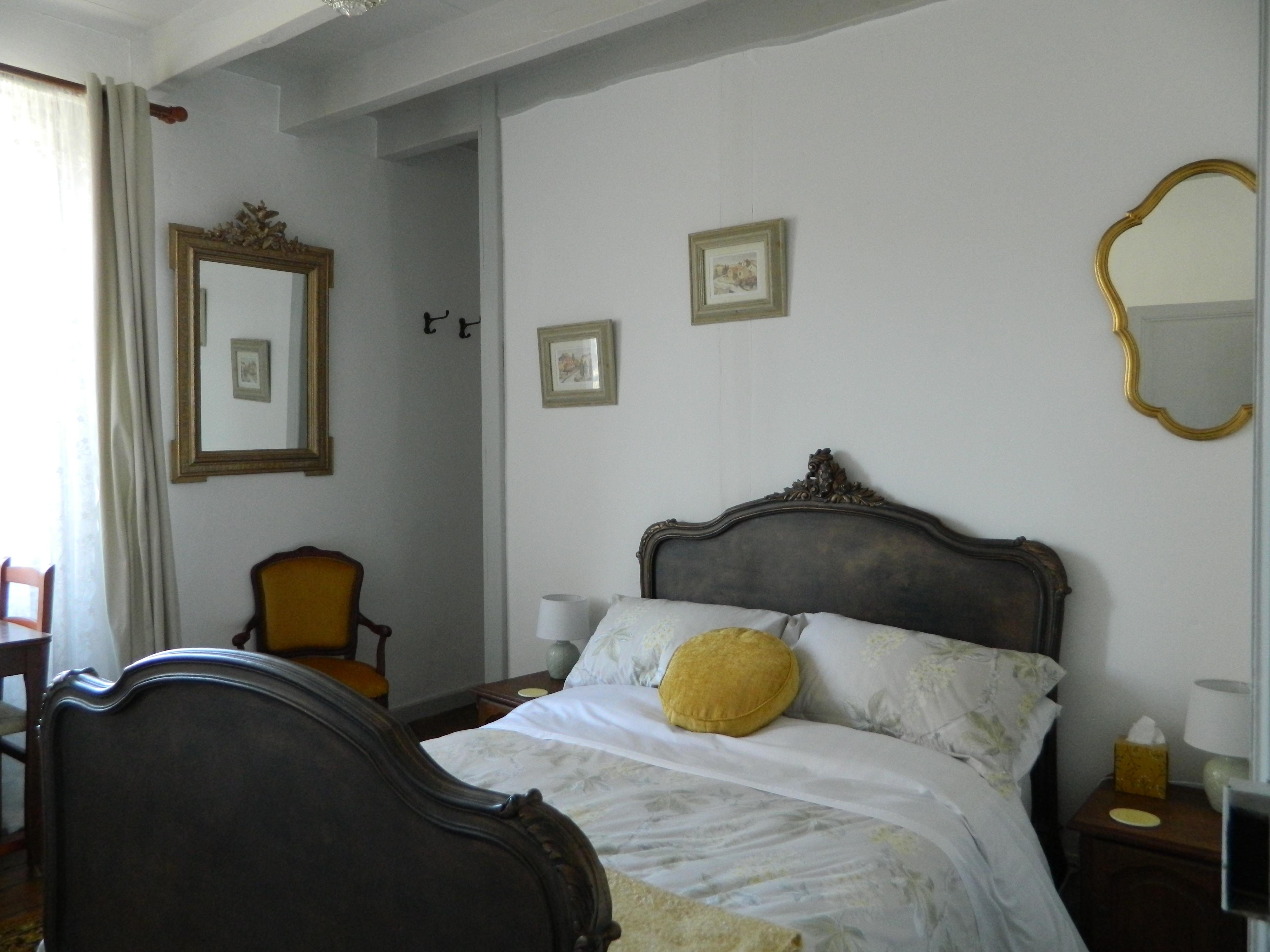 Marronnier bed