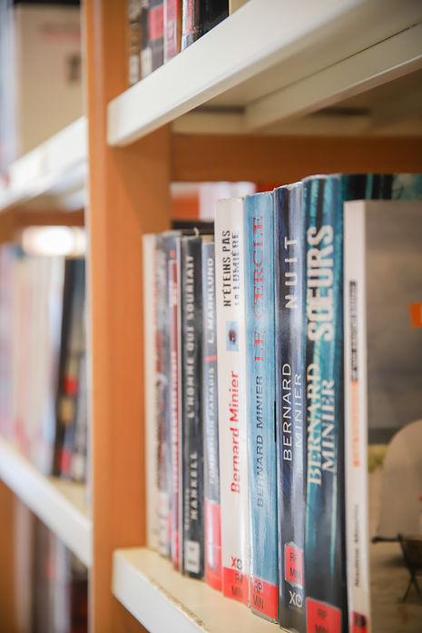 livres_bibliotheque_courzieu.jpg