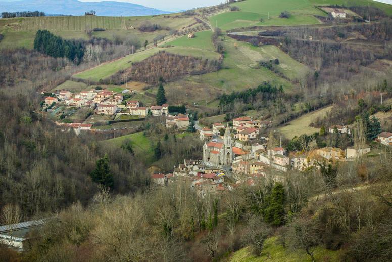 Le village de Courzieu