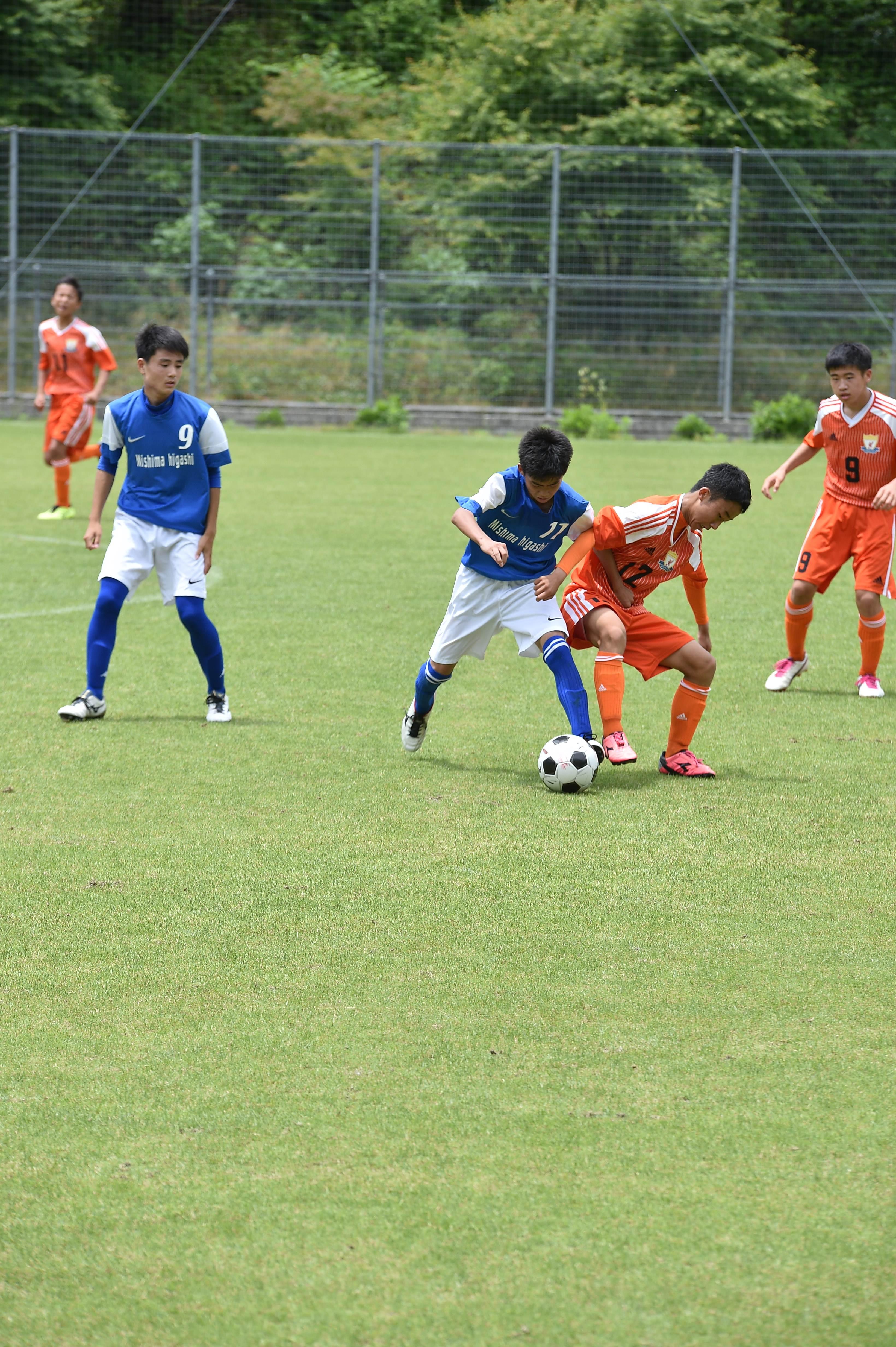 サッカー (301)