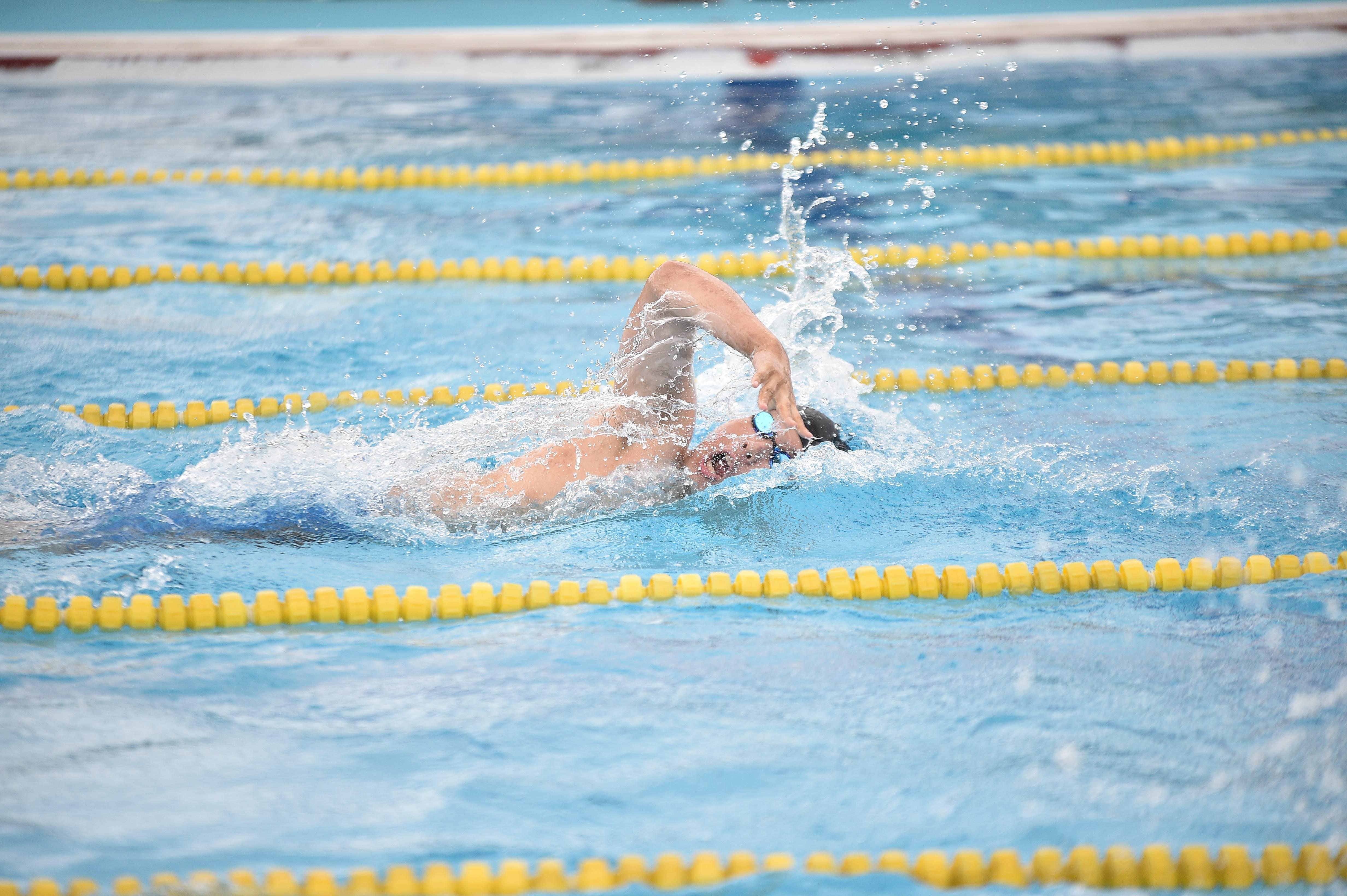 水泳 (107)