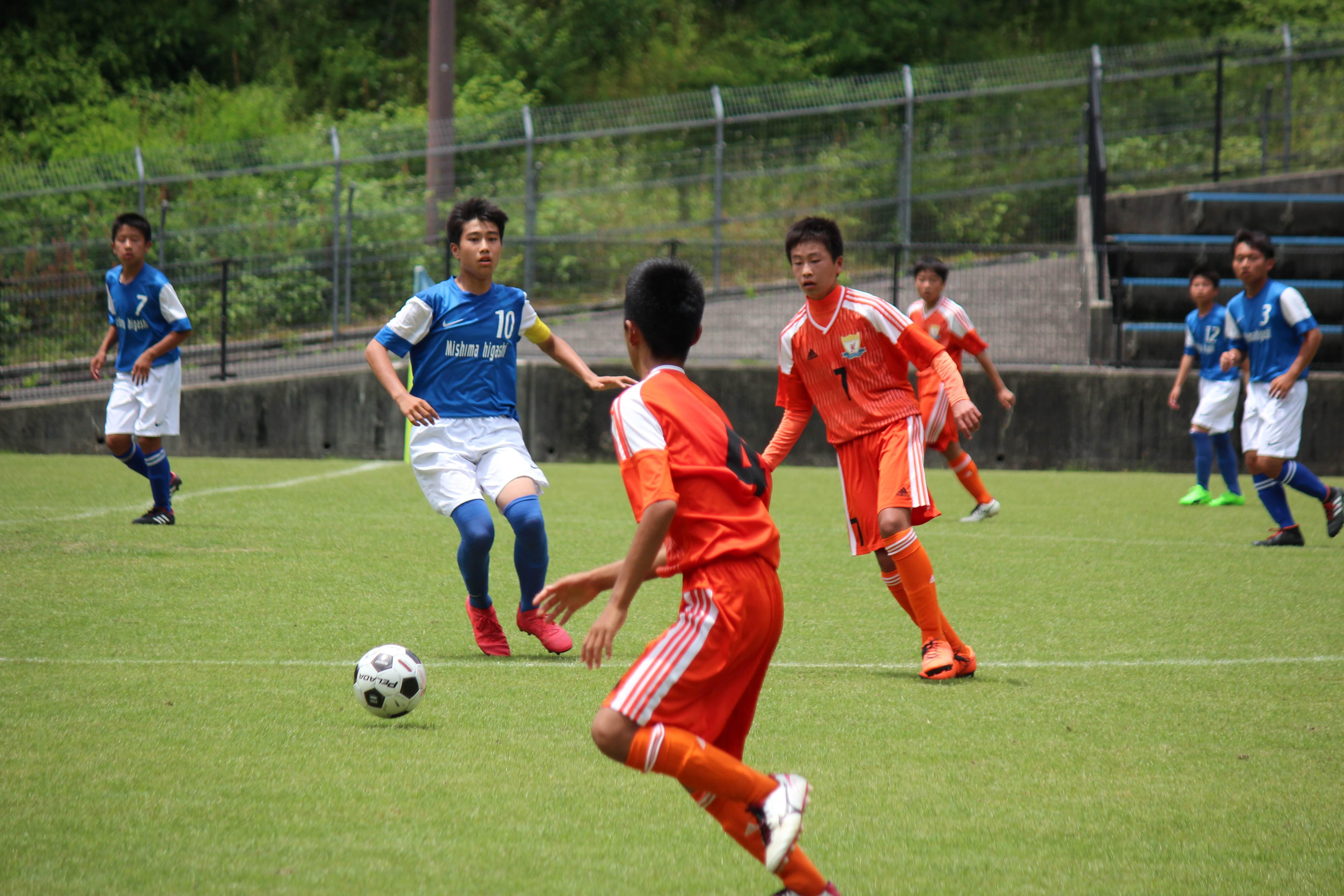 サッカー (211)
