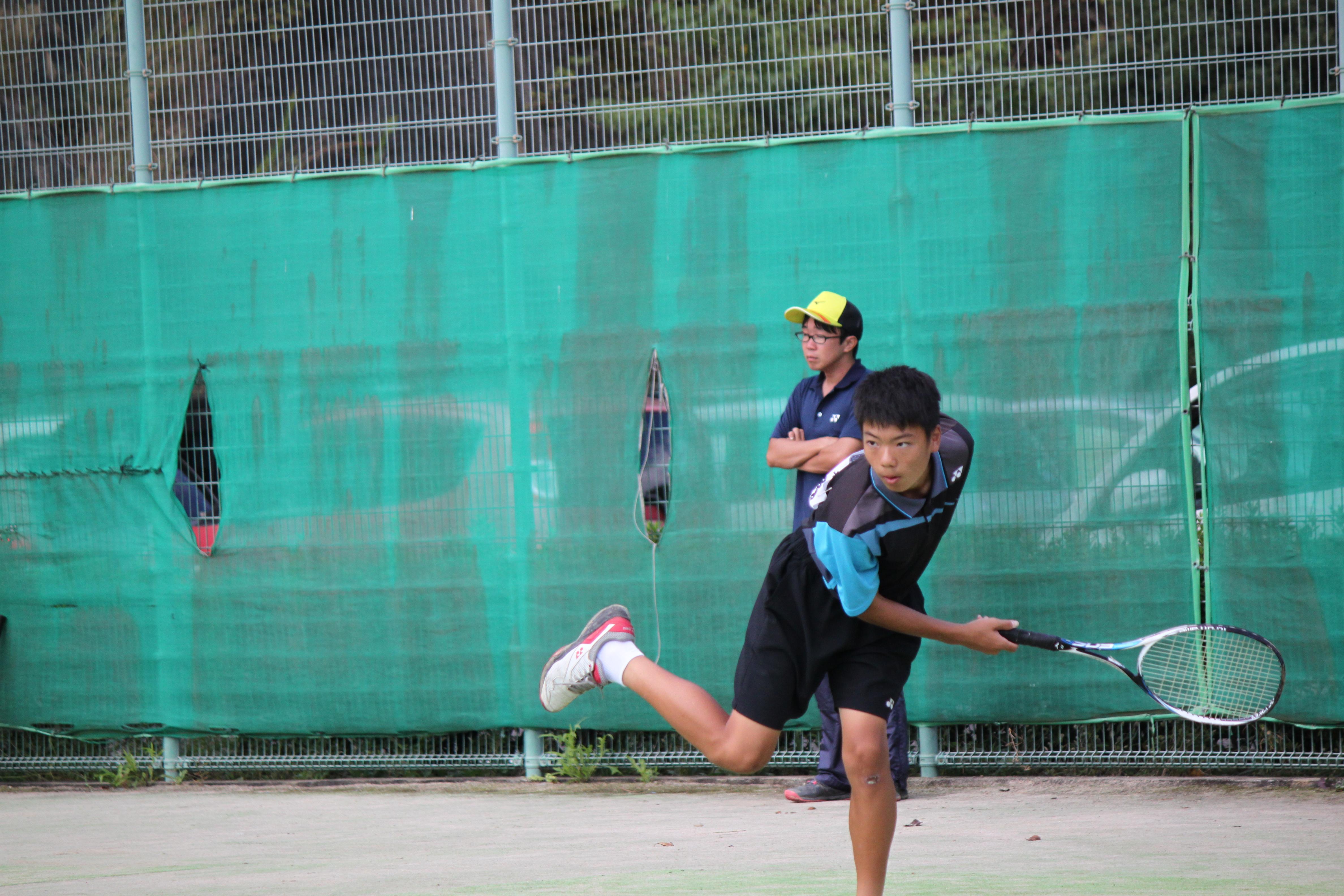 ソフトテニス(562)