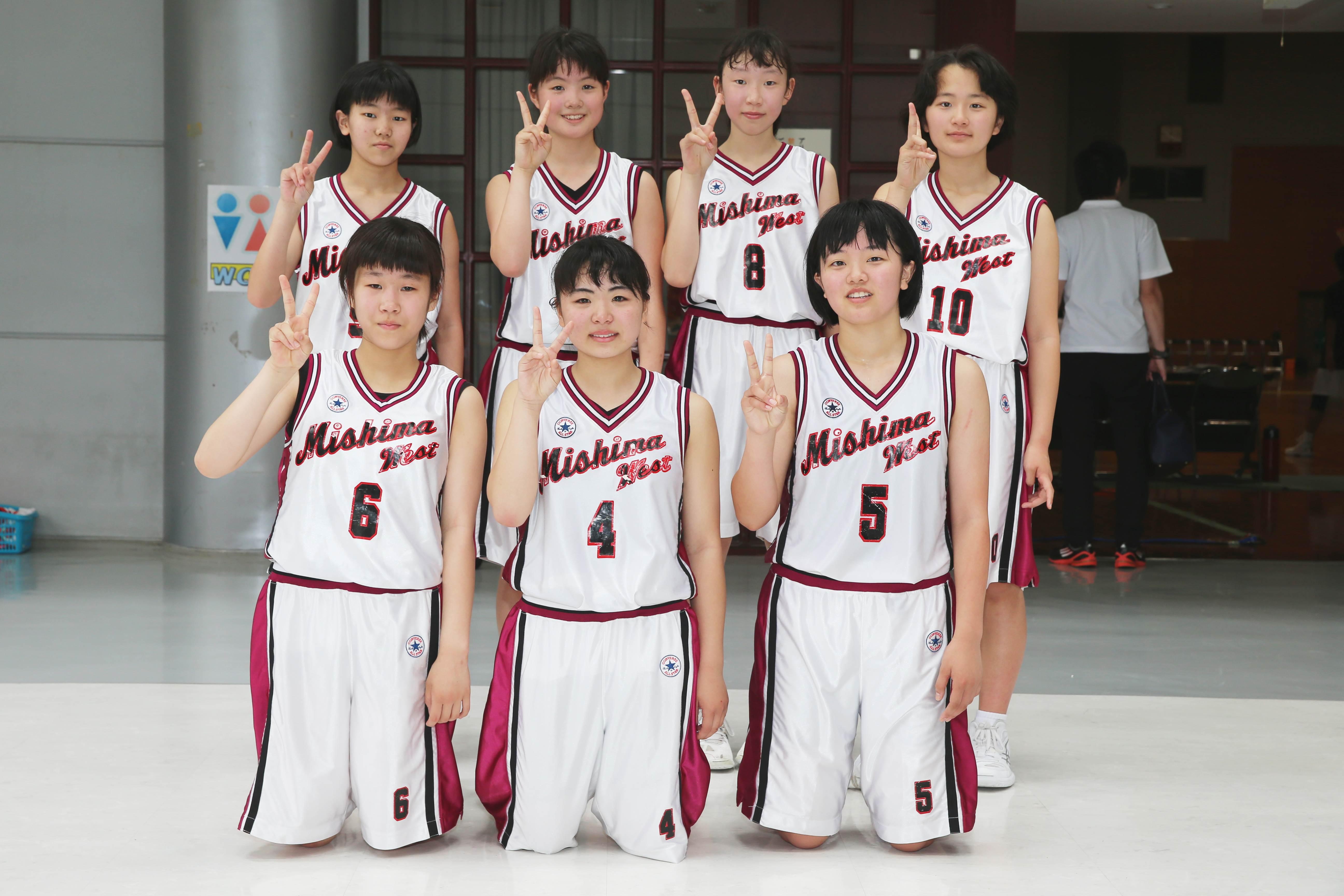 バスケットボール女子_集合_三島西