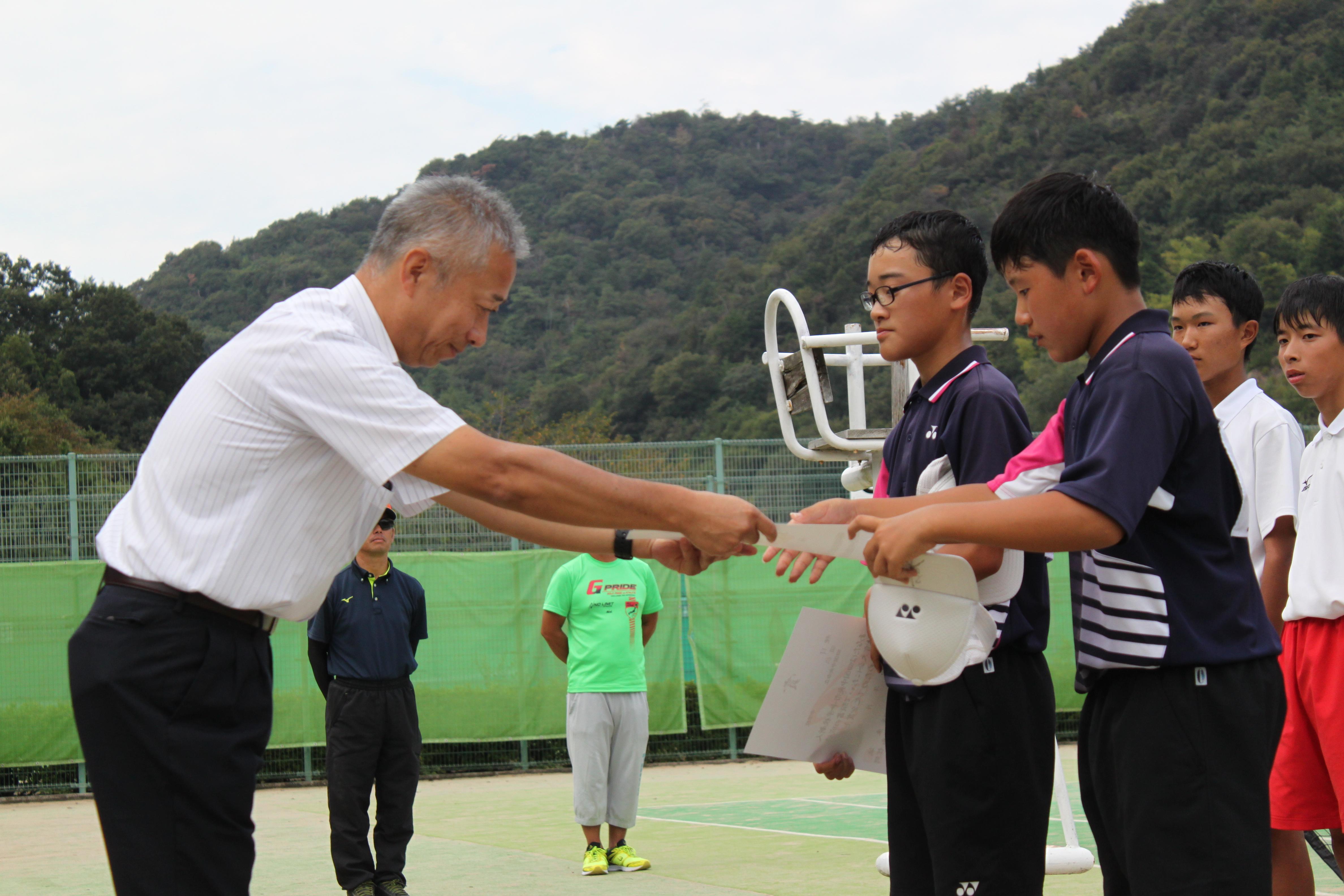 ソフトテニス(215)