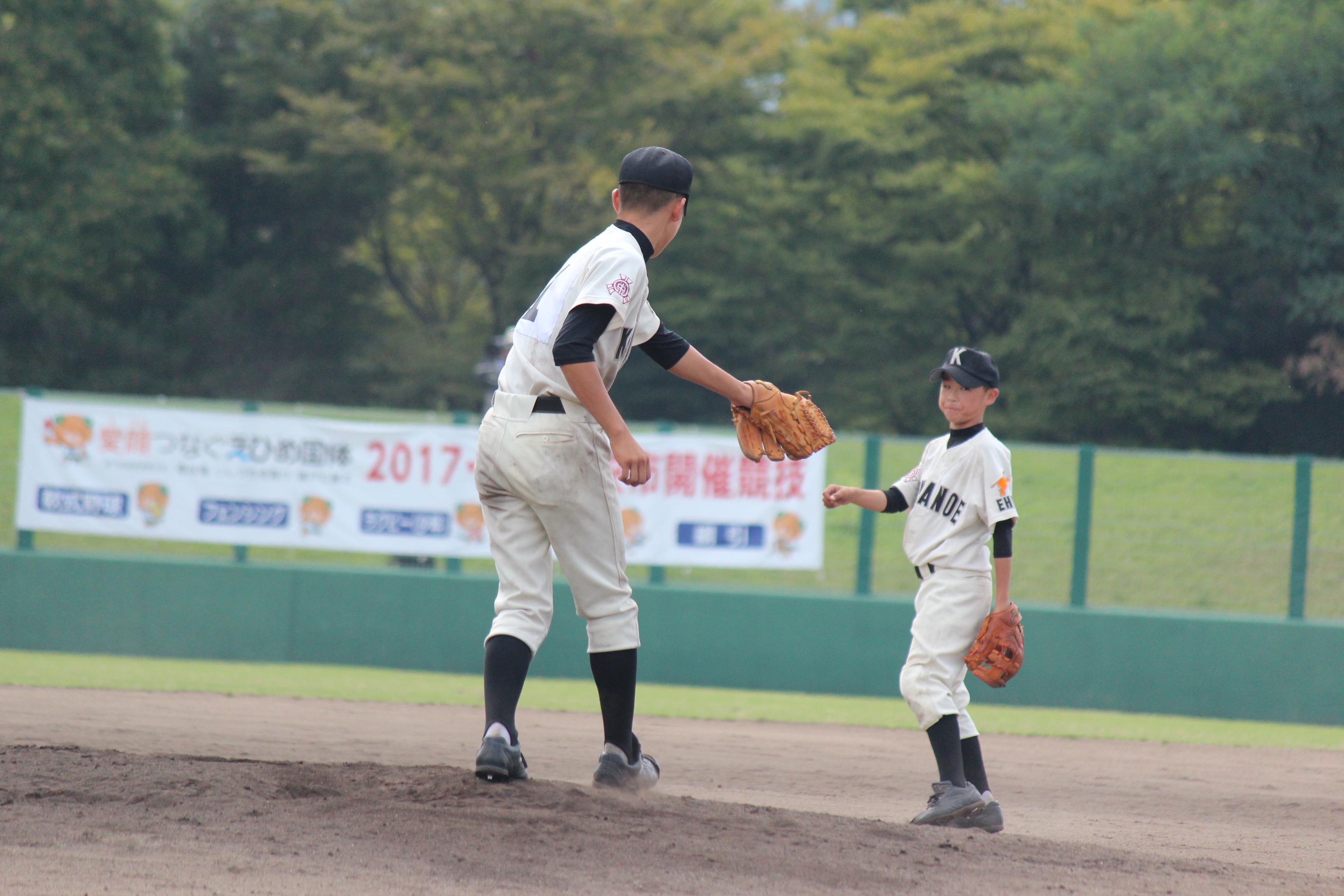 野球 (896)