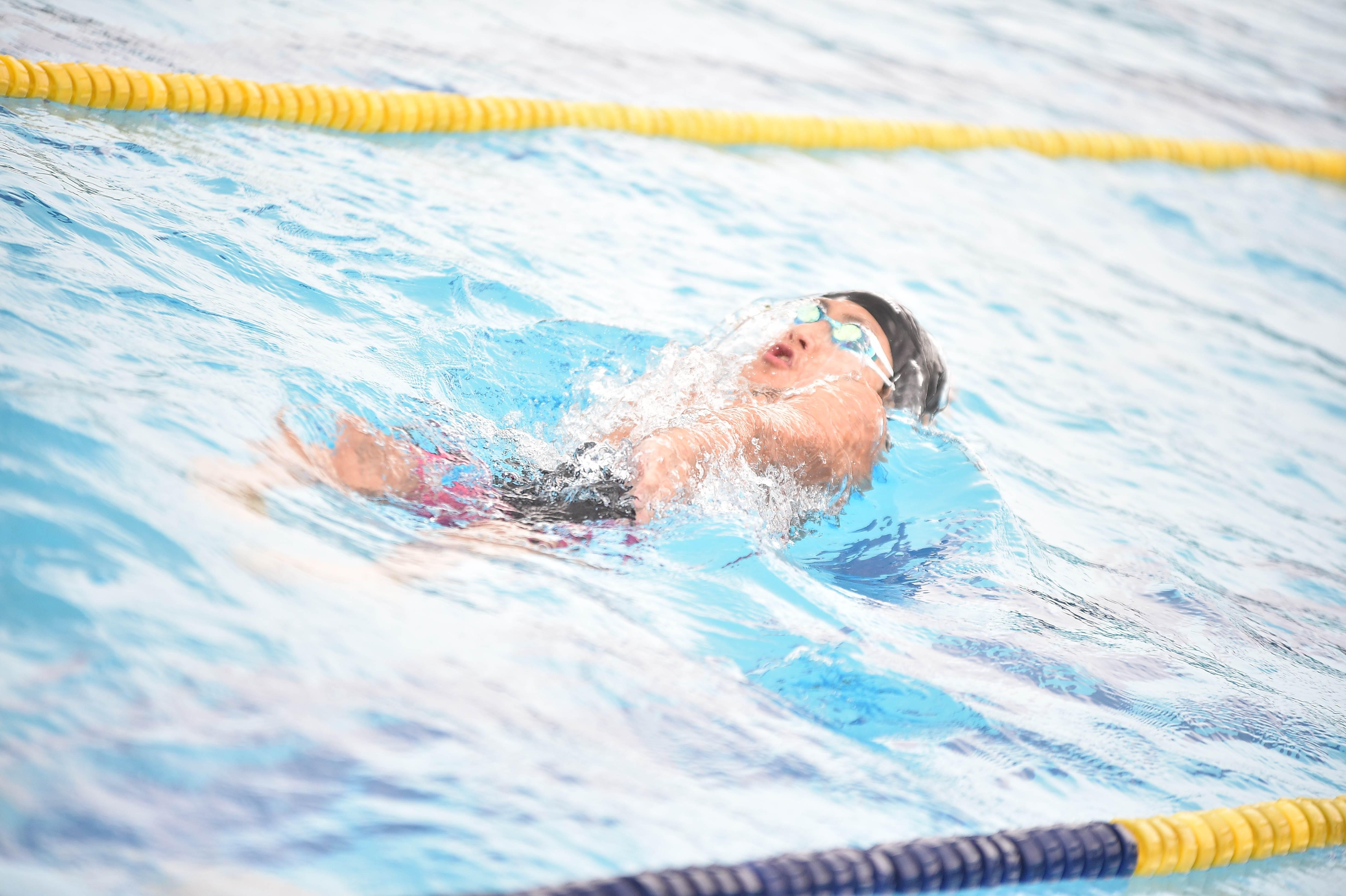 水泳 (113)
