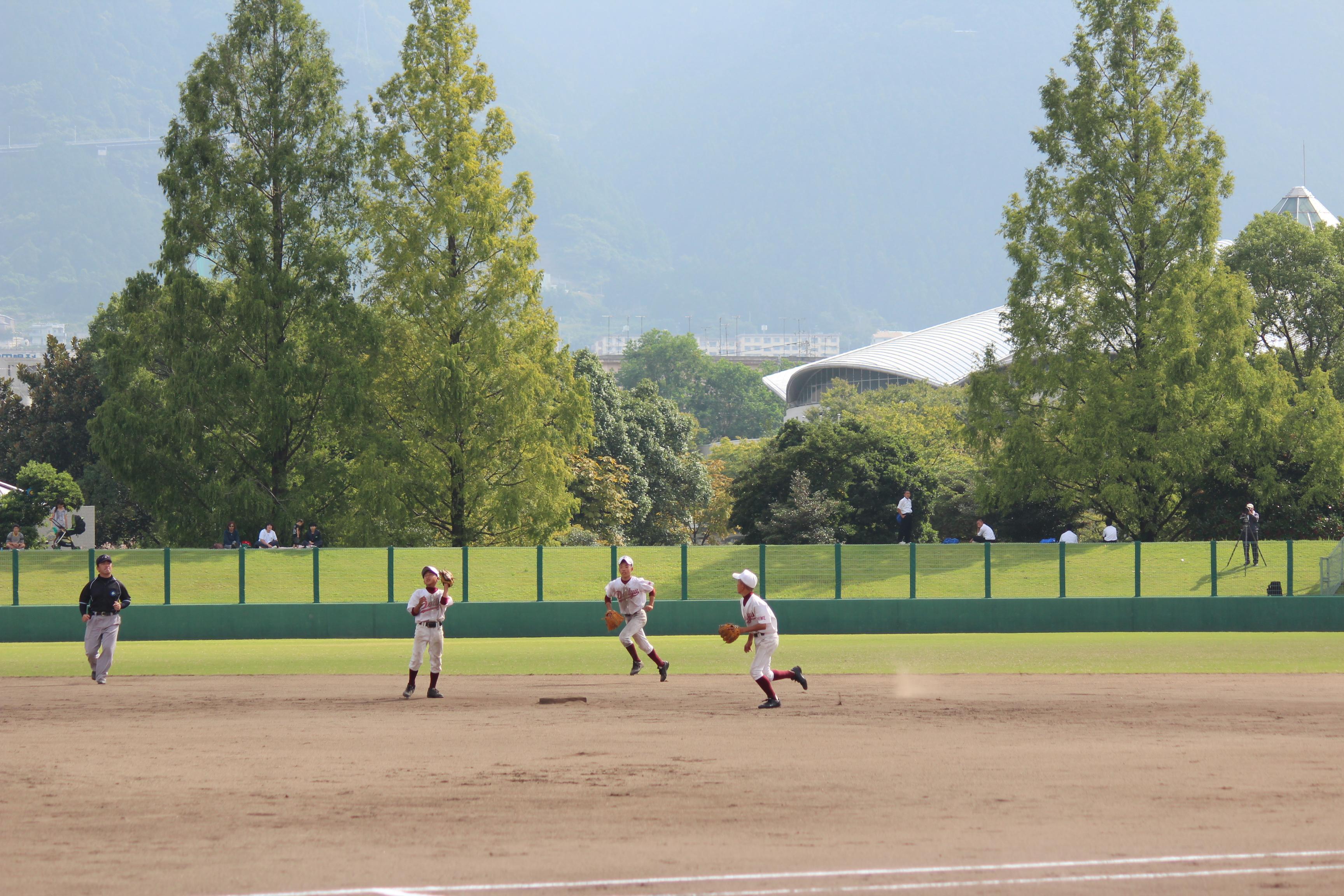 野球 (975)