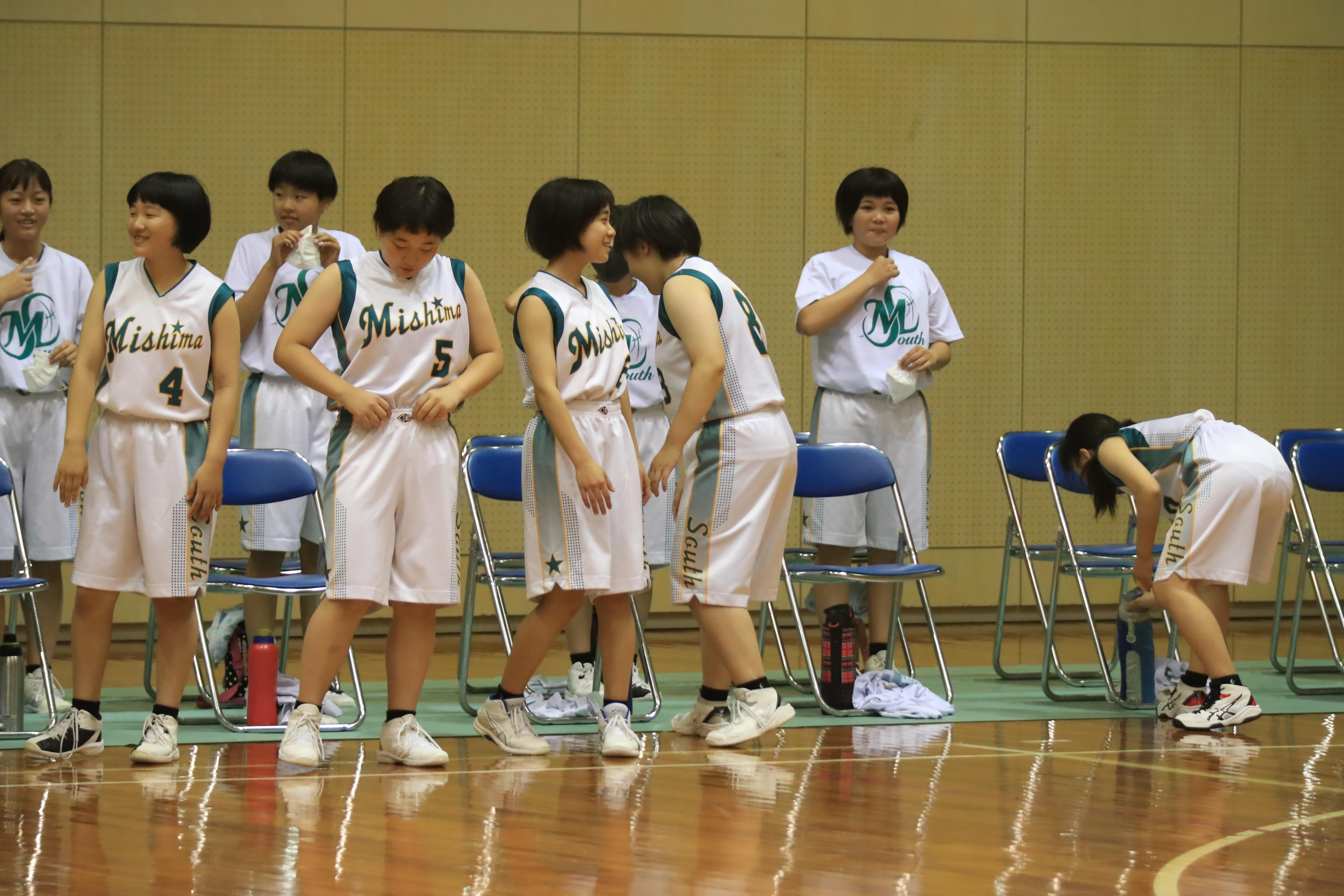 バスケット (1072)