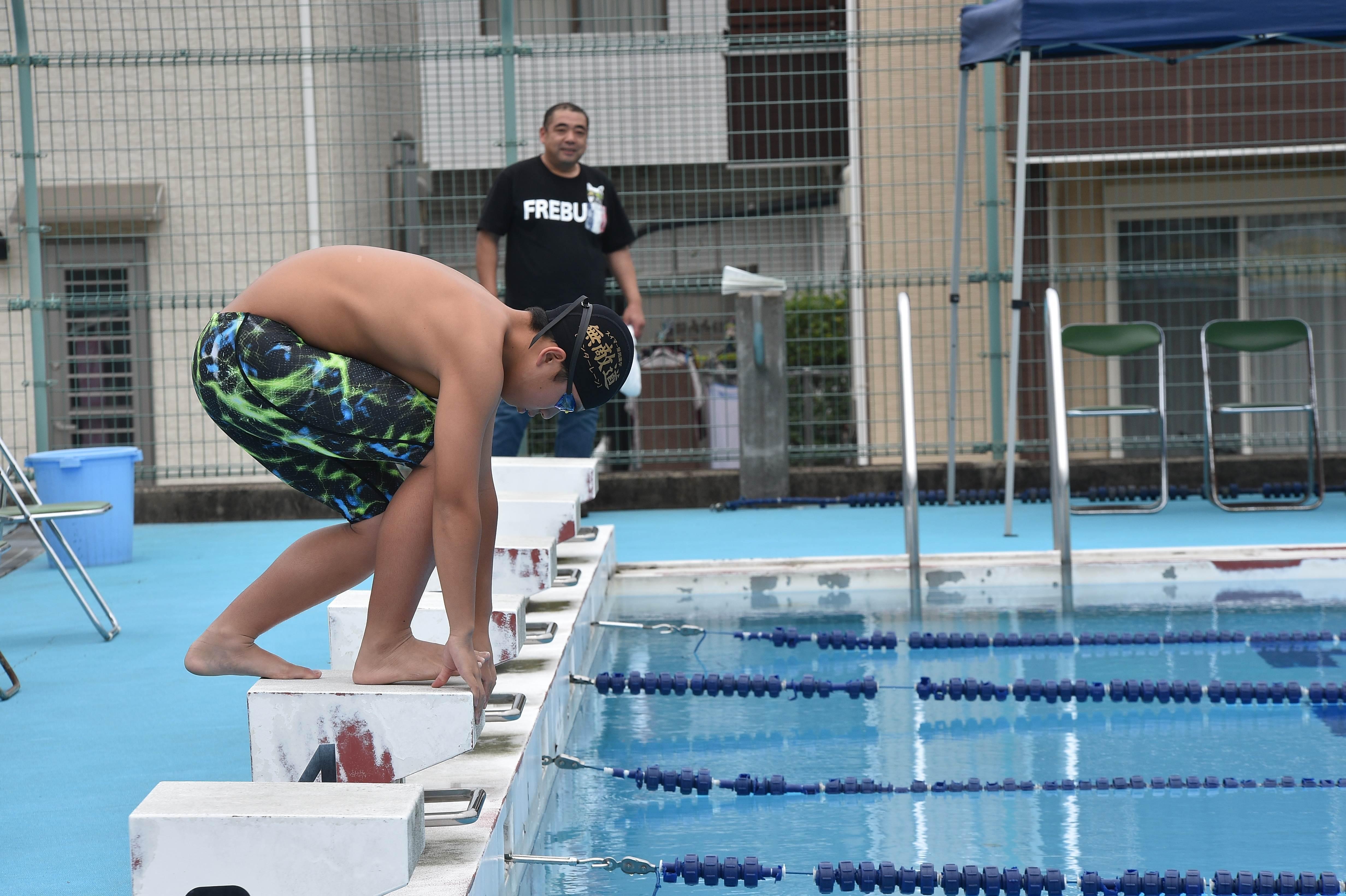 水泳 (74)