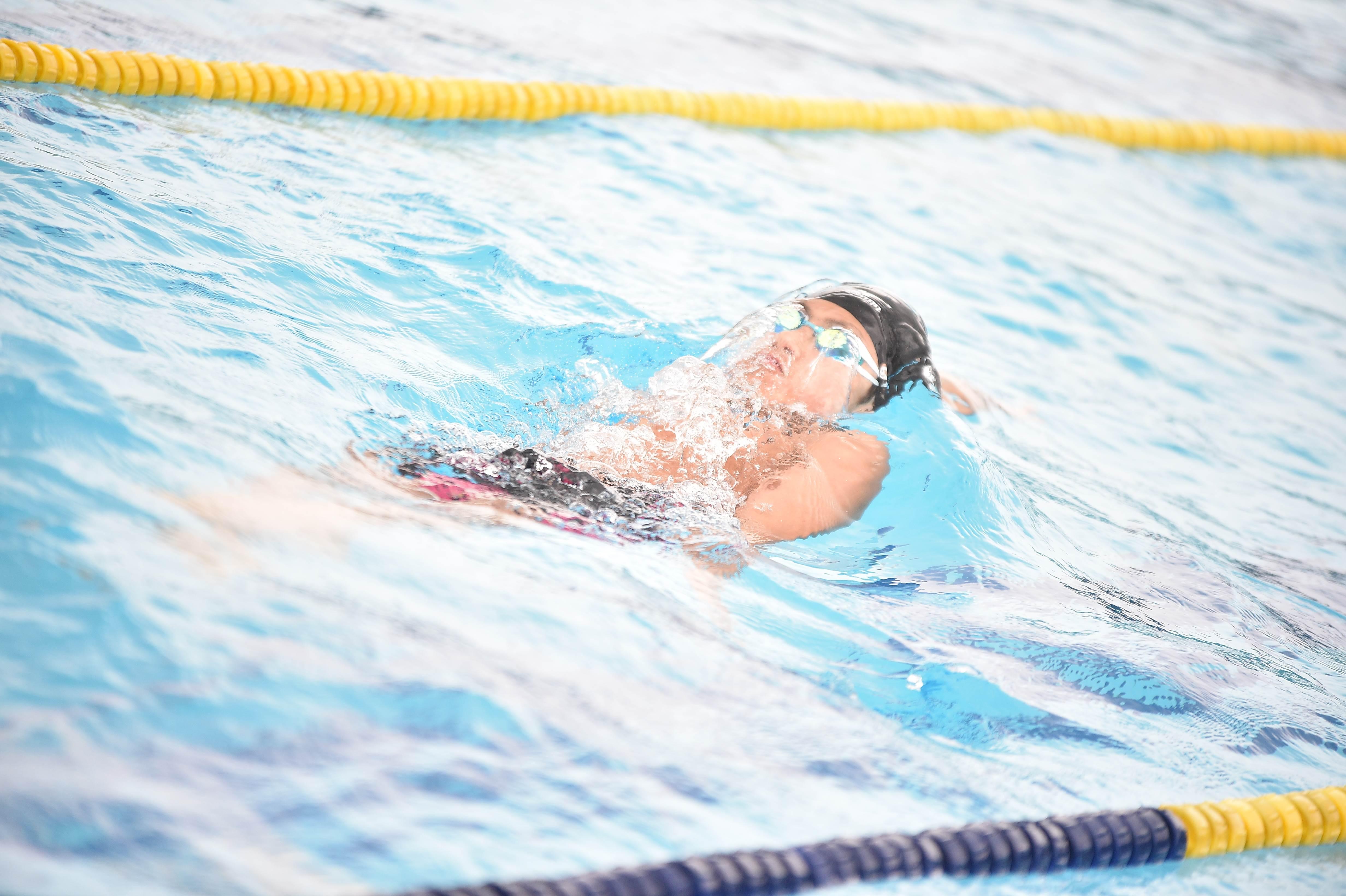 水泳 (112)