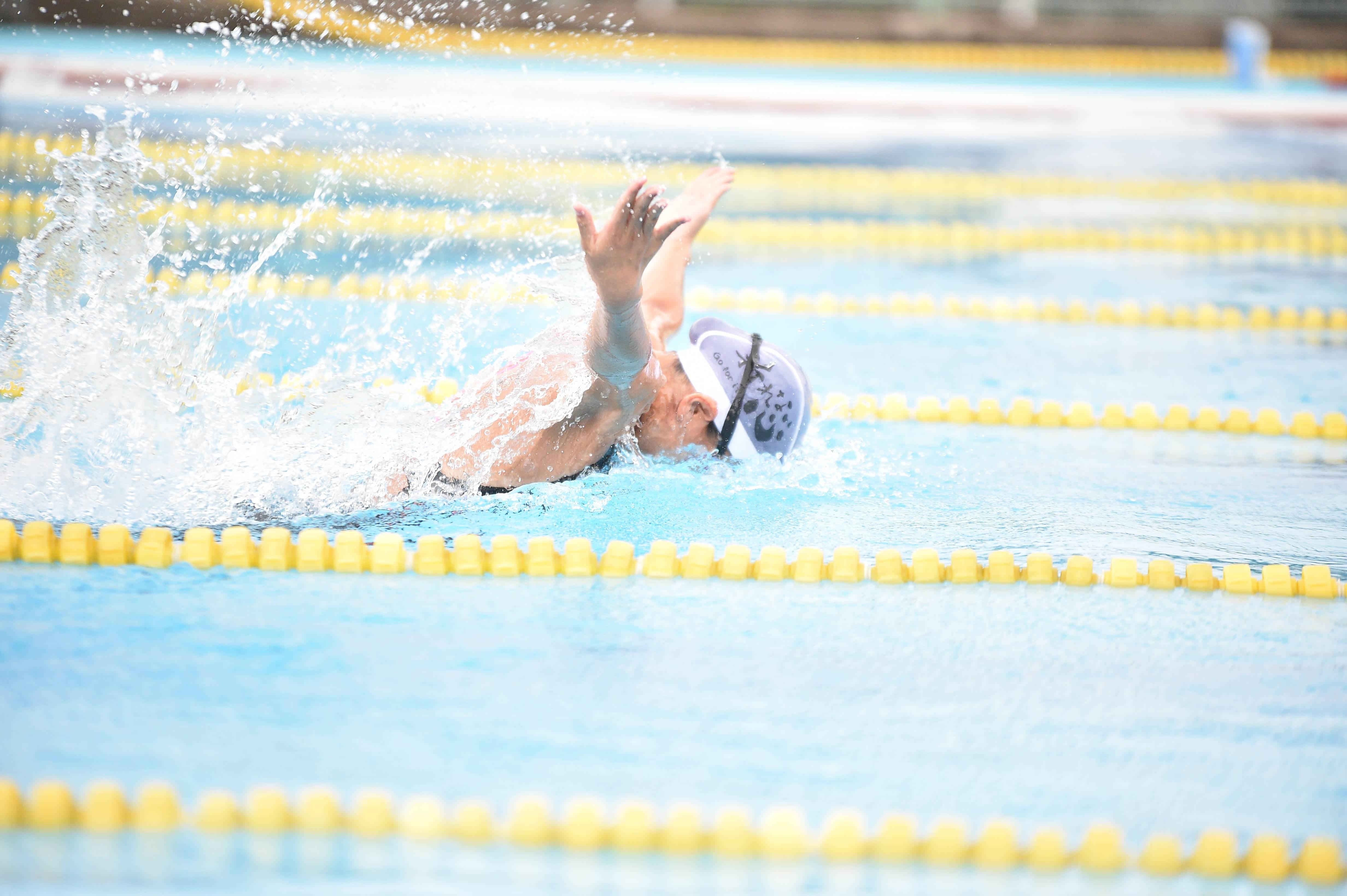 水泳 (122)