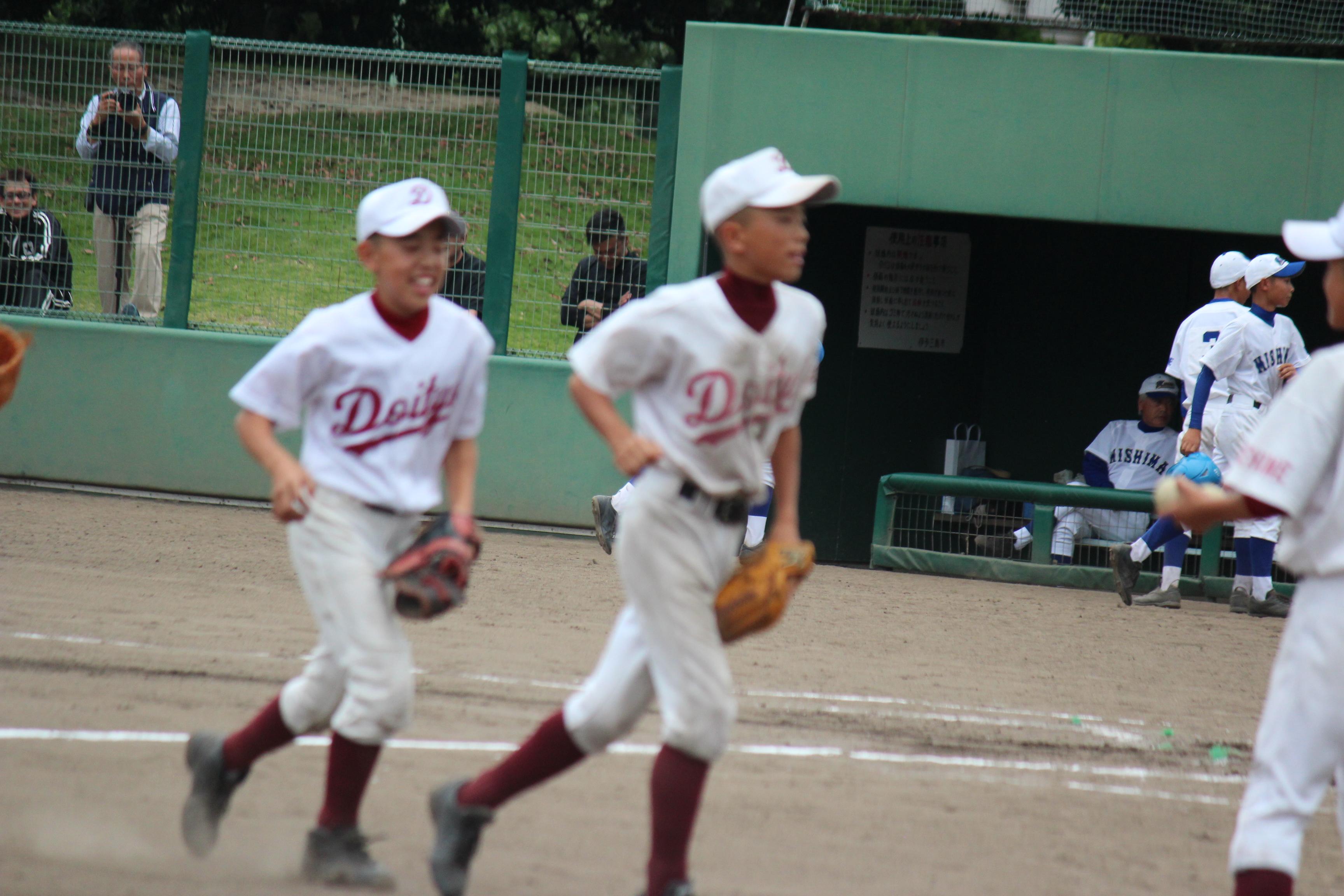 野球 (242)