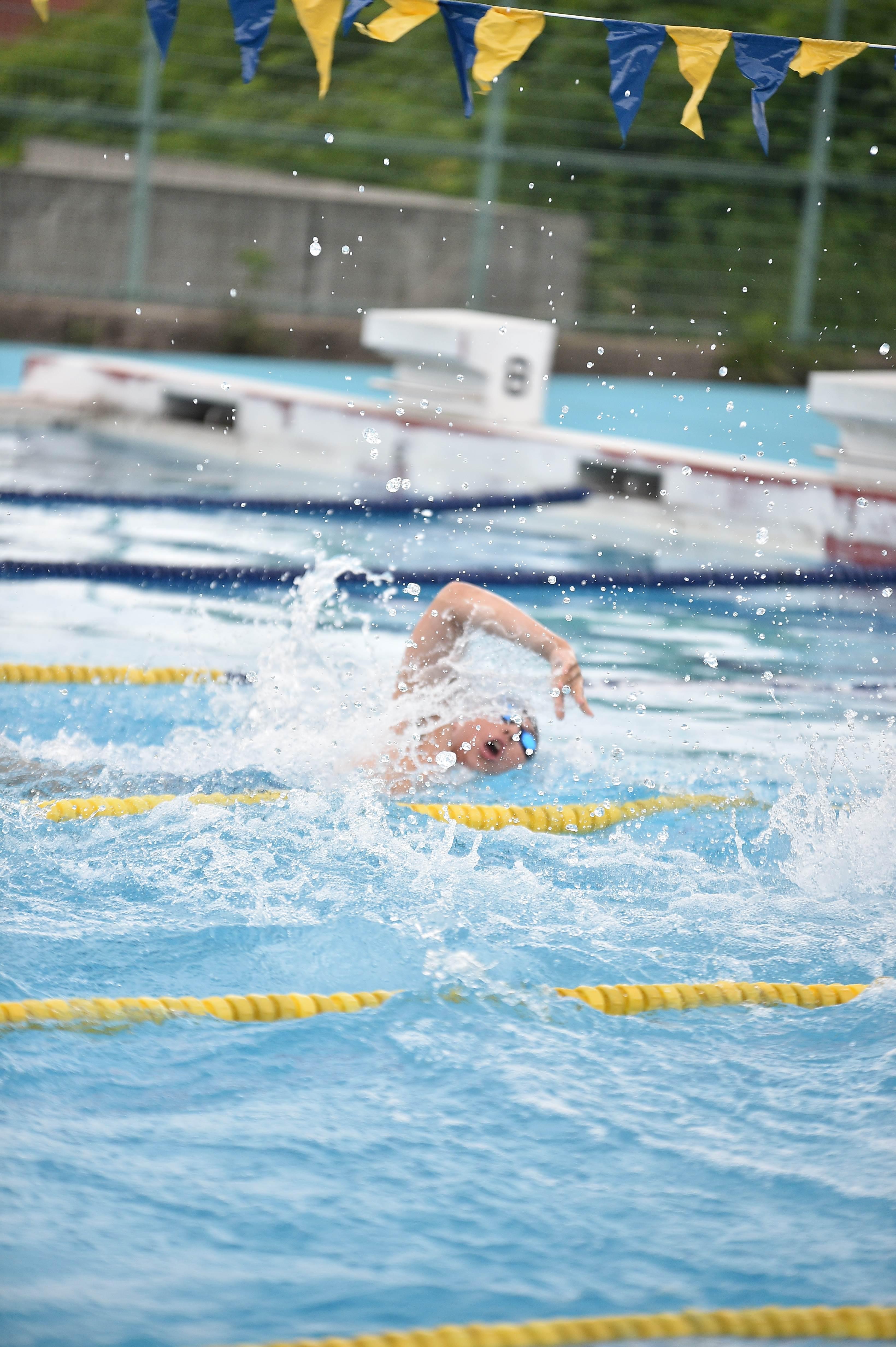 水泳 (103)