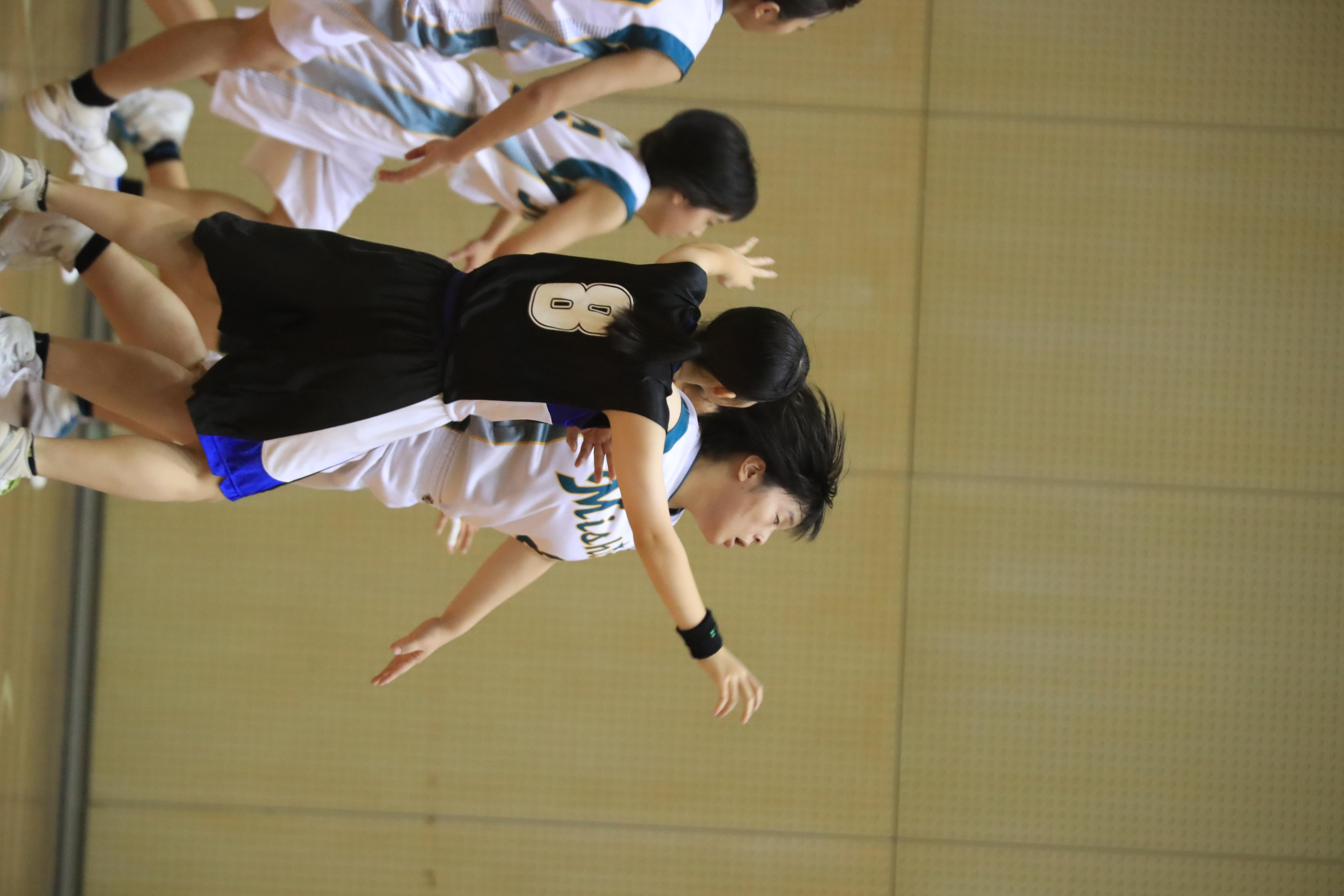 バスケット (1099)