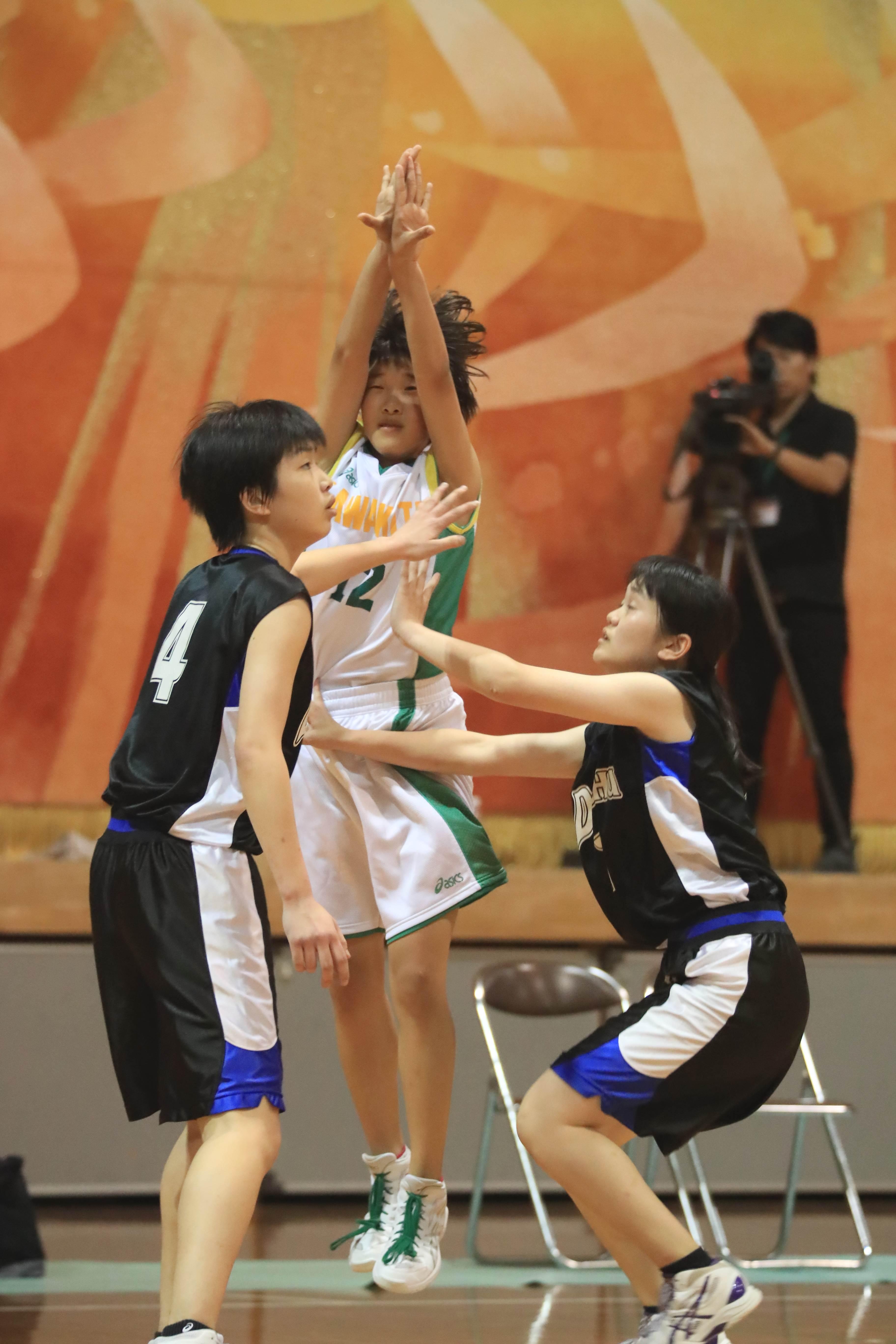 バスケットボール (143)