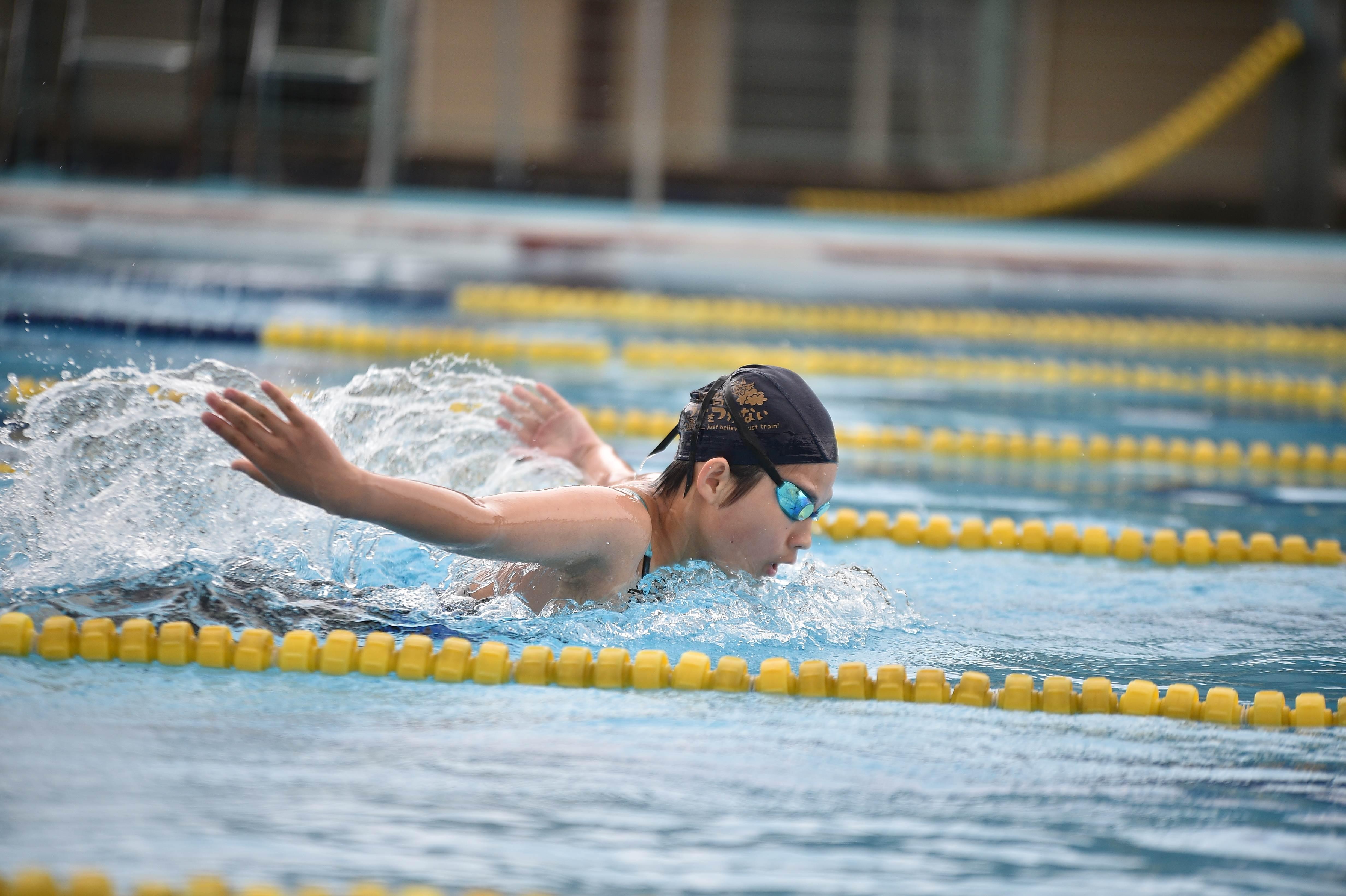 水泳 (81)