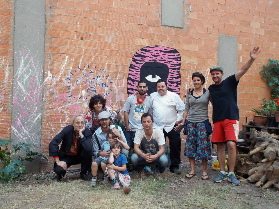 foto di gruppo con Antoni Miralda