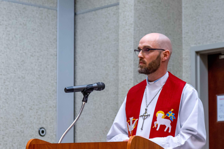Pastor Scheck-2