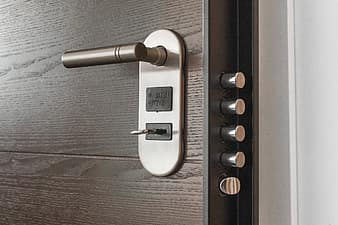 door-accessibility-lock-doorway-classica