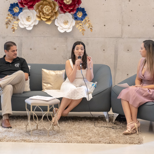 Entrevista a la empresaria Nanette y al Oficiante de Bodas Pablo