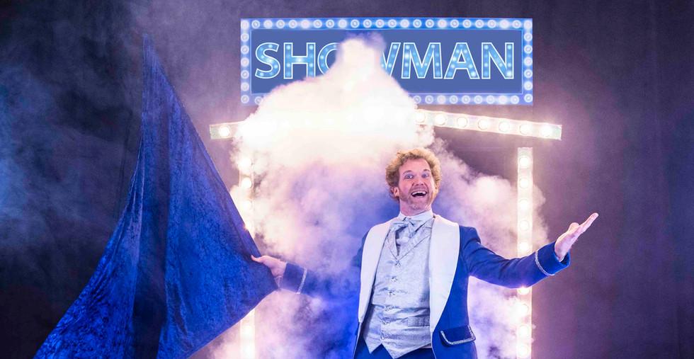 Showman goochelaar show show opening kindershow.jpg