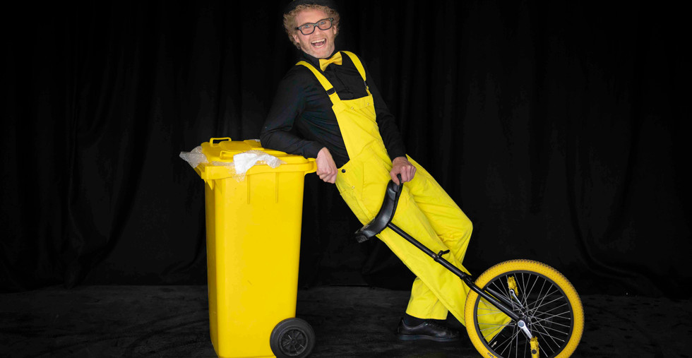 Kindershow recycle afval plasticsoep voo