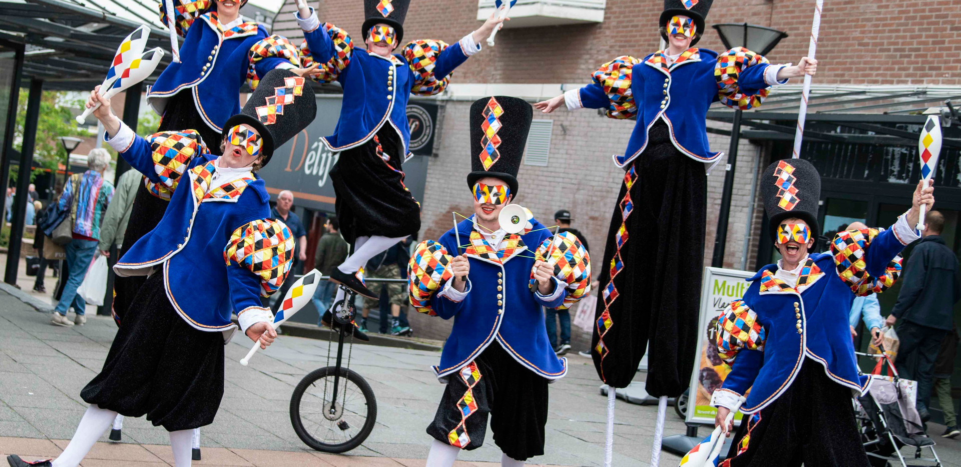 Cirque_Masque_streetcircus_entertainment
