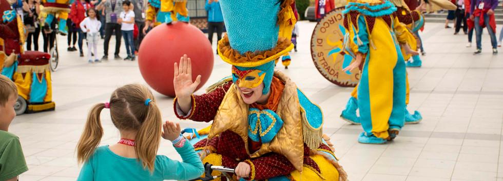Circo di Strada Family Entertainment Cir