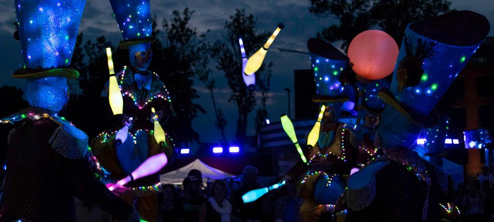 Circo di Strada by Night Lights Illumina
