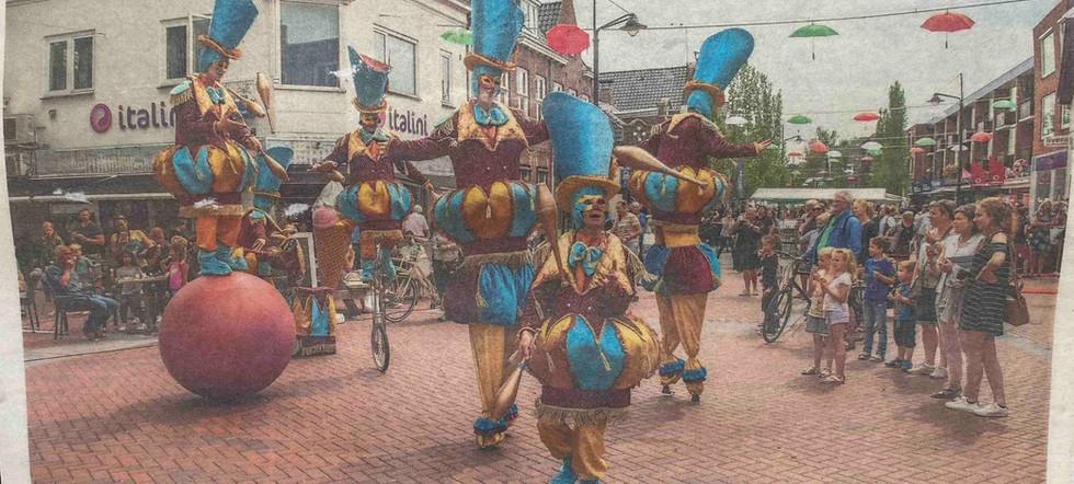 Haren Circo di Strada Act Parade Show It