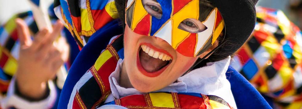 Cirque_Masque_straattheater_circus_parad