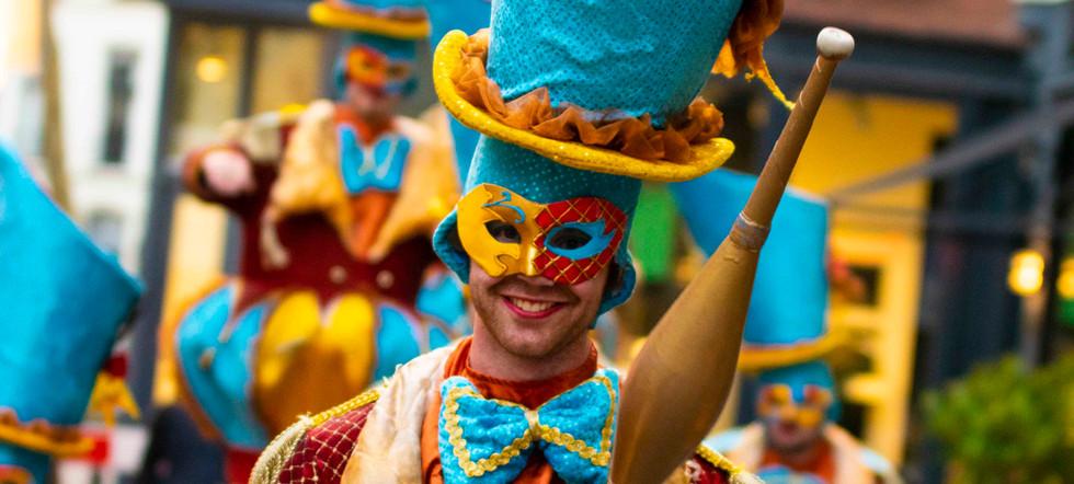 Circo di Strada Circusparde Juggling Cir