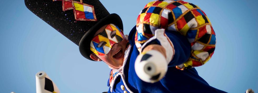 Cirque_Masque_expression_circus_entertai