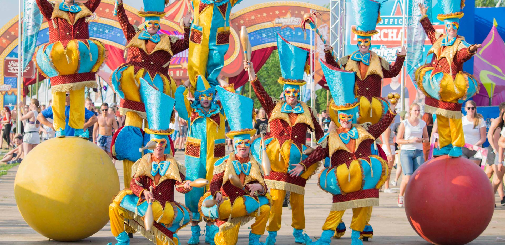Circo di Strada Streetcircus Circus Cirq