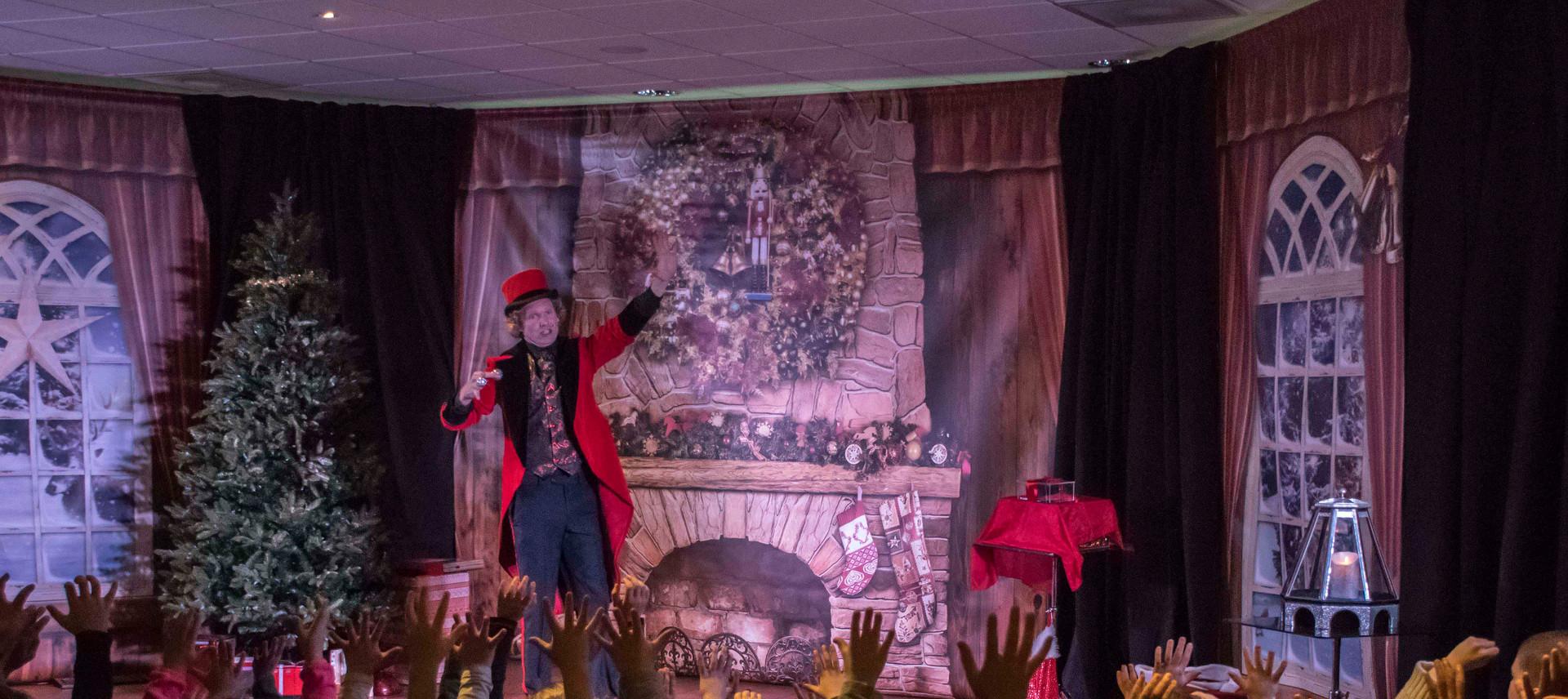 Magic Christmas Show goochelen circus di