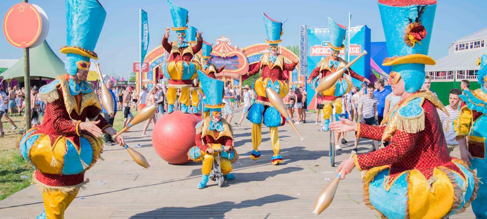Circo di Strada Circusparade Streetparad