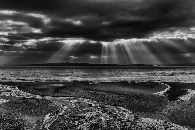 PDI - Heavenly rays by J Devine (7 marks)