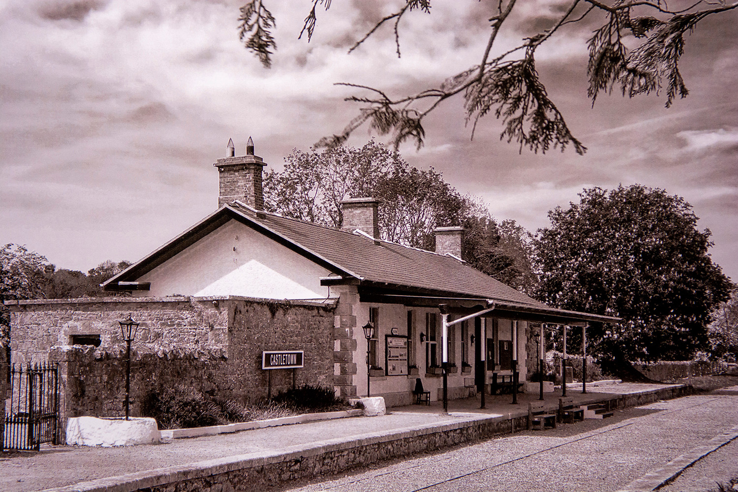 MONO - Castletown station by S Mathers ( 9 marks)