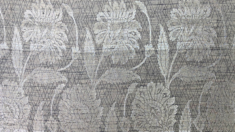 Dusit Palace - Handloom Silk Fabric