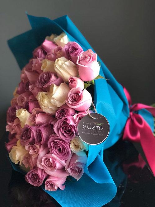 Ramo floral 100 rosas de colores