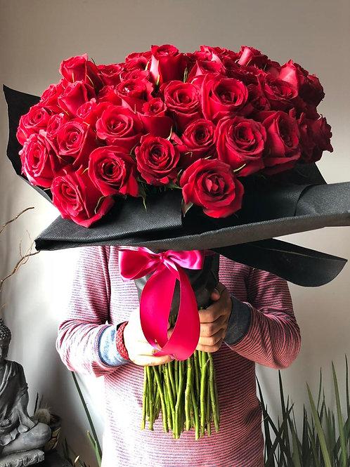 Ramo Floral 100 Rosas Rojas