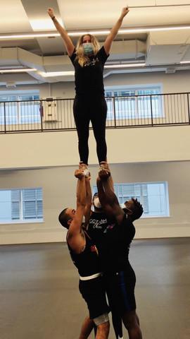 gotham cheer adult cheerleaders stunting.mov