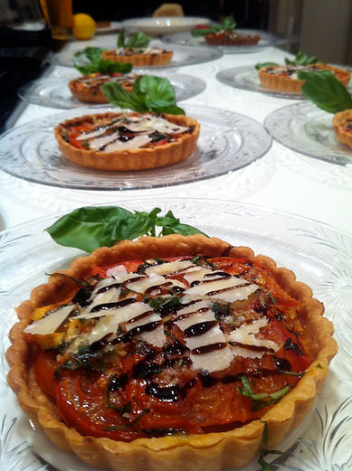 Provençale Tomato and cheese tartlets