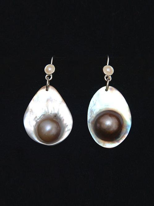 Pop Pearl Earrings