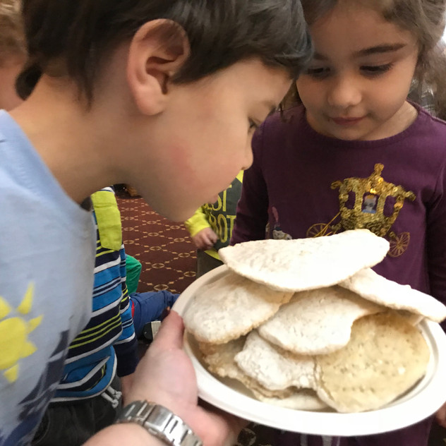 Smelling homemade matzah